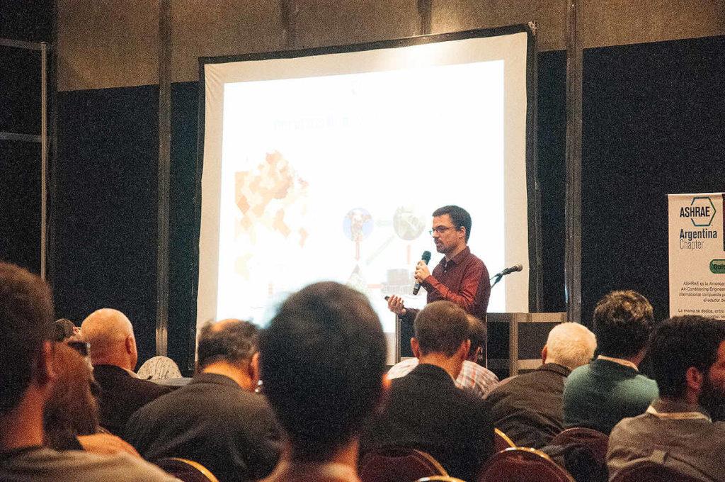 imagen de una de las conferencias de la ultima expo frio calor